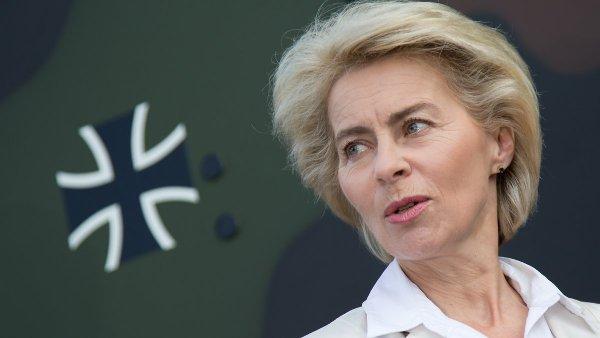 Министр обороны Германии запросил дополнительные 25 млрд евро для бундесвера