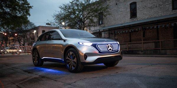 Mercedes озвучил подробности электрического кроссовера EQC