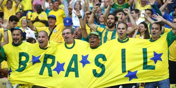 В Бразилии возмутились оскорблением россиянки со стороны своих фанатов после пошлой песни