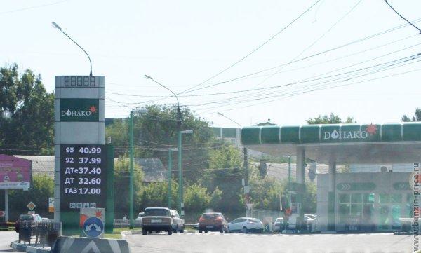 Воронежцы рассказали о качестве топлива на самой дешевой АЗС