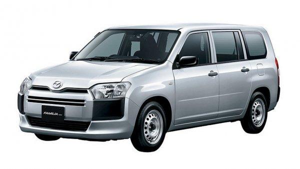 В Японии начались продажи «странного» универсала Mazda Familia Van