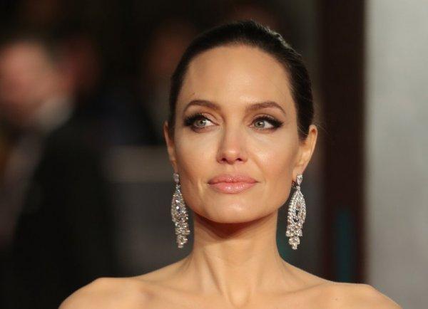 Анджелина Джоли жестко раскритиковала политику Дональда Трампа