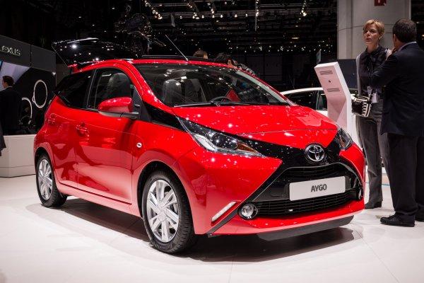 Toyota объявила цену на новый хэтчбек Aygo