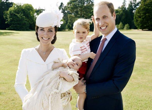 Принц Уильям повторил детский снимок своей супруги Кейт Миддлтон