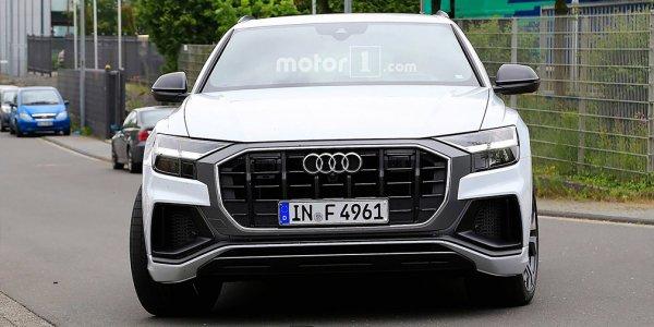 В сети рассекретили «заряженный» кроссовер Audi SQ8