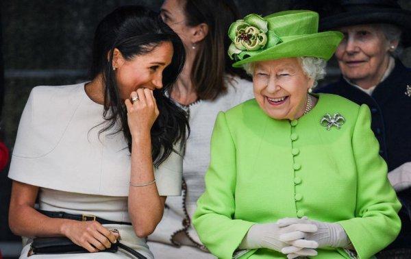 Инсайдер рассказал о близких отношениях королевы Елизаветы II и Меган Маркл