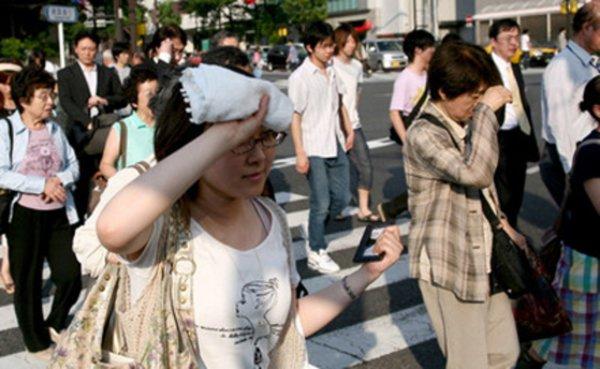 В Японии погибли 14 человек вследствие сильной жары
