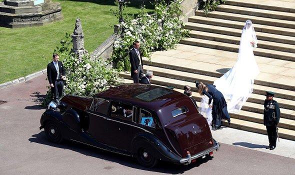 Королева Елизавета II продает свой Rolls Royce за 2 миллиона фунтов стерлингов