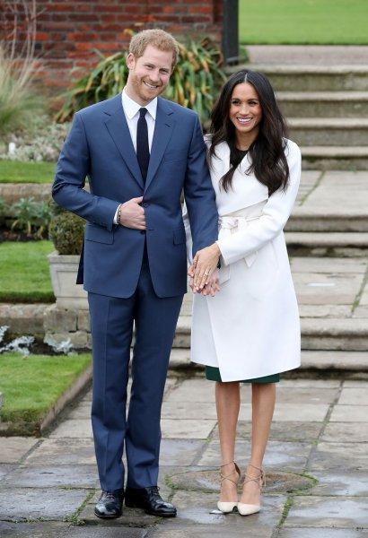 Забыл о королевском долге: Принц Гарри нарушил протокол ради Меган Маркл