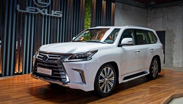 Премиальный Lexus LX получил новую спецверсию для России