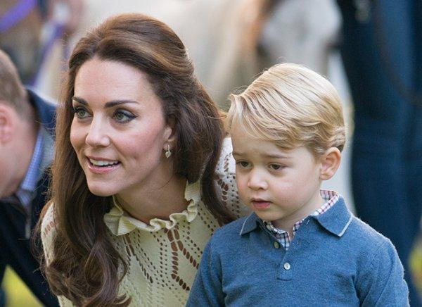 Кейт Миддлтон поможет сыну стать великим королем благодаря скромному воспитанию