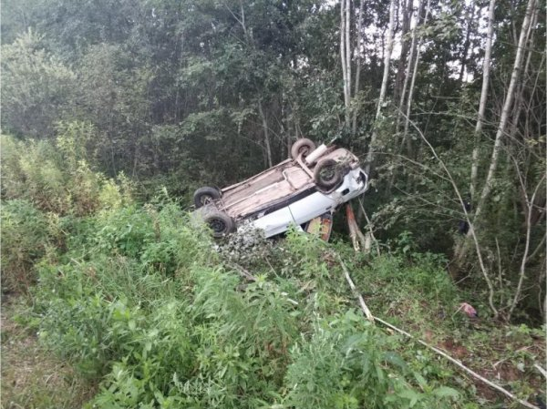 В Тверской области водитель напился сразу после ДТП