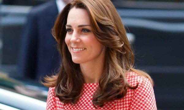 Одевайся, как герцогиня: Сеть магазинов Boden распродает наряды «под Кейт Мидлтон»