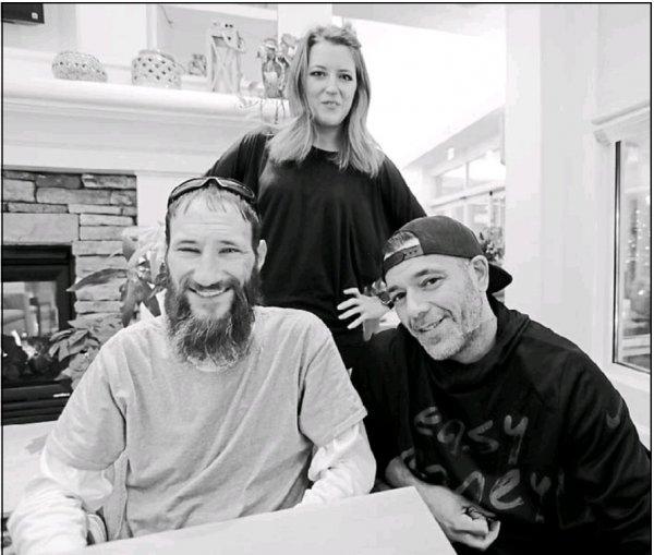 Американцы собрали 400 тысяч долларов для бездомного и «прикарманили» их