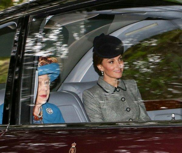 Кейт Миддлтон в новом образе затмила королеву Елизавету в Шотландии