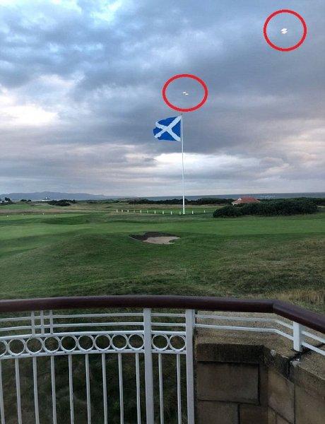 Уфологи заметили четыре НЛО над полем для гольфа Дональда Трампа