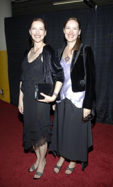 Экстрасенсы: Дух принцессы Дианы предсказал беременность Меган Маркл и назвал пол ребенка