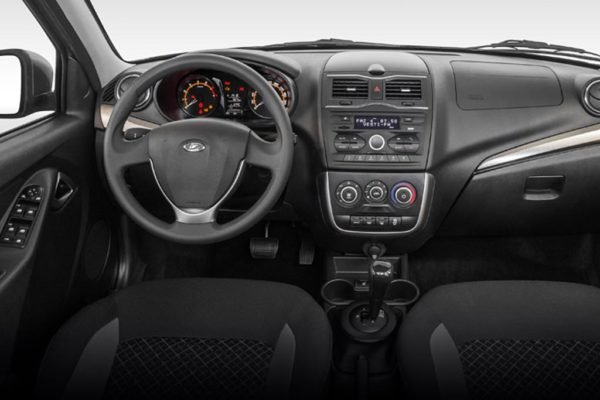 Люкс по-вазовски: LADA Granta FL «примерил» стильный кузов кабриолет