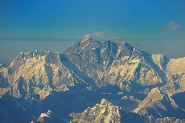Инженер построит чудо-котел для очищения Эвереста от тонн людских отходов