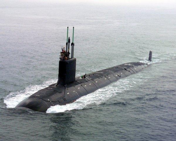 Две новейшие атомные подлодки спущены на воду в США