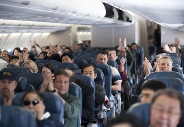 В Австралии вонючие ноги психопата превратили полет пассажирки в ад