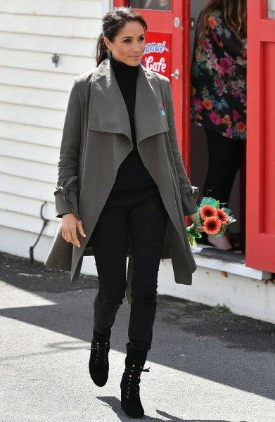 «Не по-королевски!»: Меган Маркл вышла в свет в старых джинсах – сеть