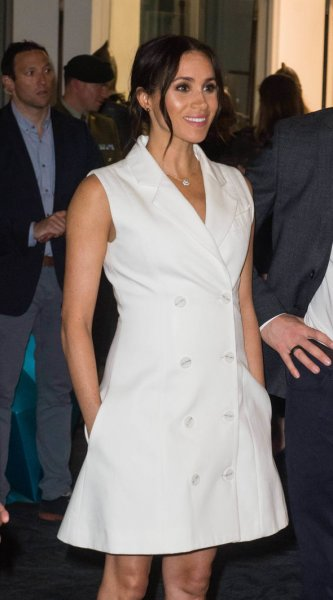 «Королева будет в ярости!»: Меган Маркл грубо нарушила правила этикета – эксперт