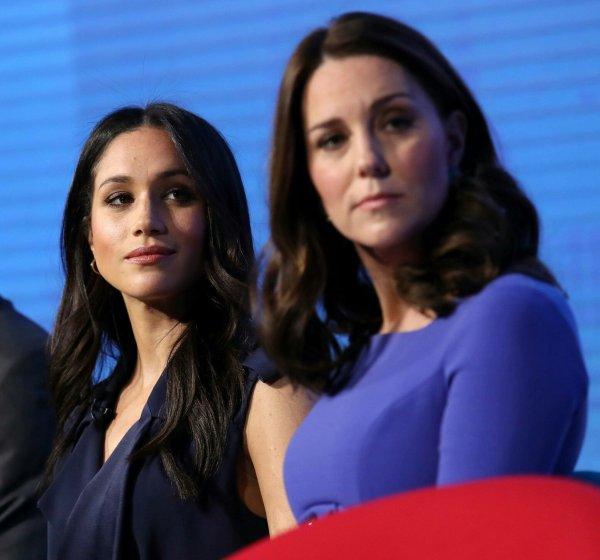 «Голливудская выскочка!»: Кейт Миддлтон из-за вражды с Меган Маркл отказалась ехать в Шотландию – СМИ