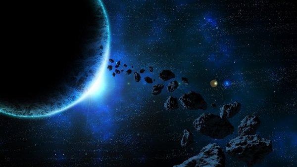 В эту субботу над Землей в опасной близости пролетят три астероида