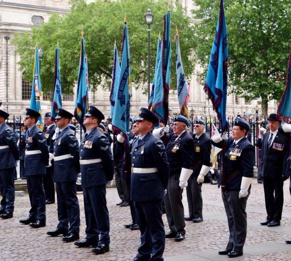 Порноактёр стал сержантом Королевских ВВС Великобритании