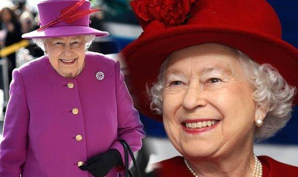 Секрет раскрыт: Биографы выяснили, почему королева Елизавета II носит яркие наряды