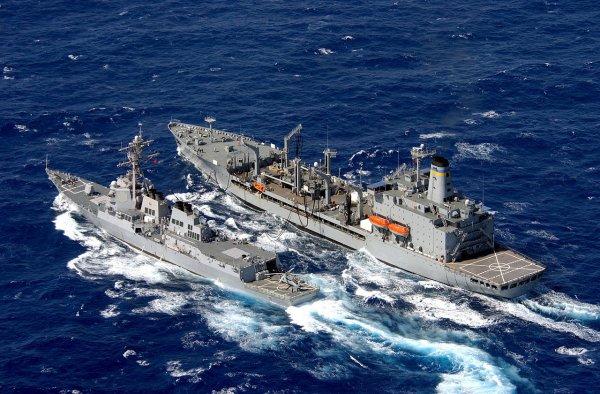МИД КНР объяснил инцидент с американским эсминцем в Южно-Китайское море