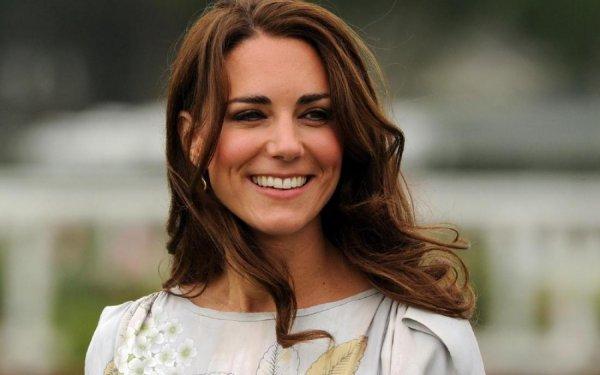 «Будто не рожала»: Кейт Миддлтон вышла из декрета и очаровала своей красотой - фанаты