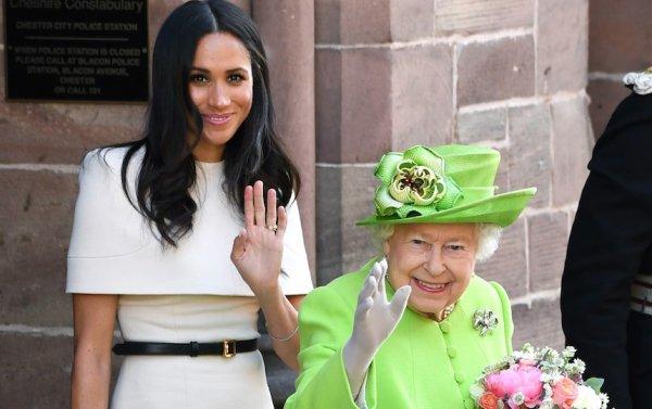 Беременная Меган Маркл рискует здоровьем ребенка ради королевы – СМИ