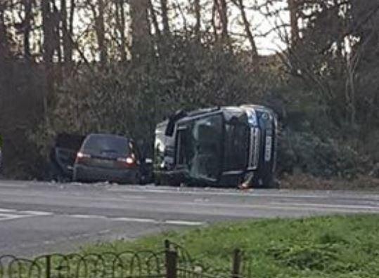 Муж королевы Великобритании попал в автокатастрофу
