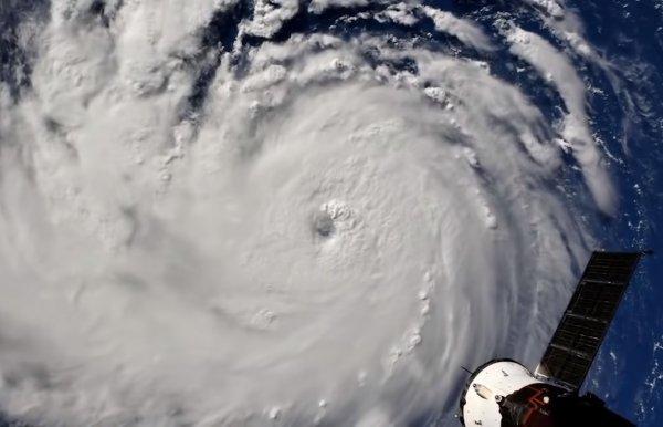Ураган «Флоренс» в США ослаб до второй категории