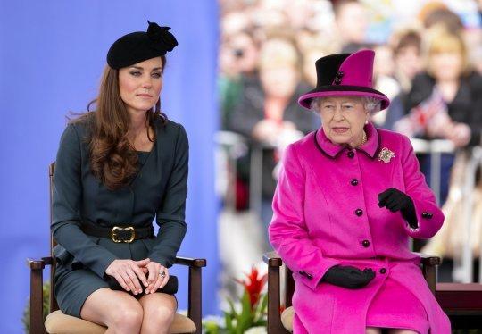 Кейт Миддлтон впервые за 7 лет будет сопровождать королеву Елизавету