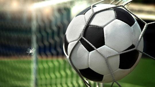 Любите футбол? У вас еще есть возможность выбрать лучшего букмекера для ставок онлайн - читайте на doc.bet