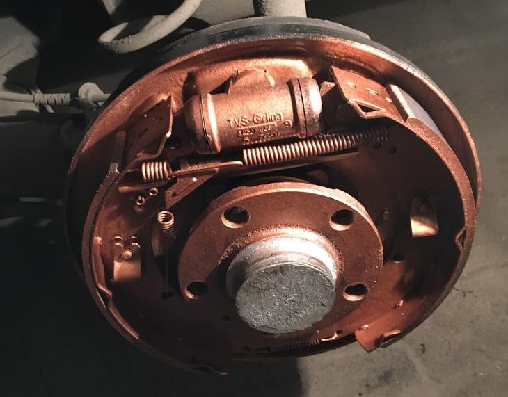 Когда стоит заменить барабанный тормоз?